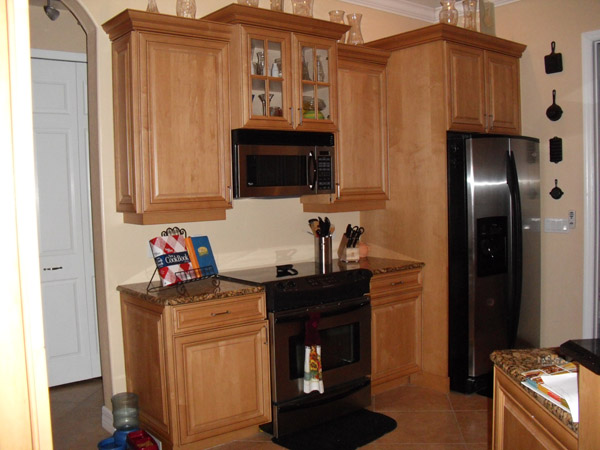 Kitchen Cabinets (Before & After)